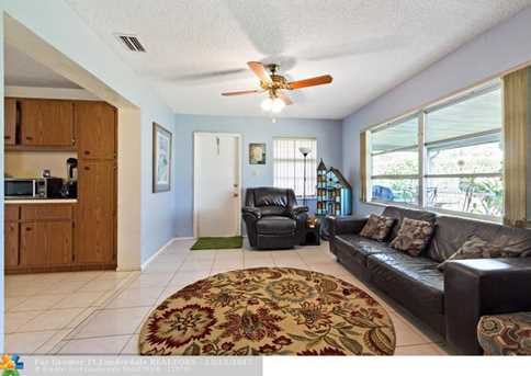 10205 NW 82nd St - Photo 17
