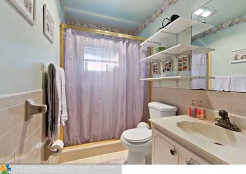 10205 NW 82nd St - Photo 19