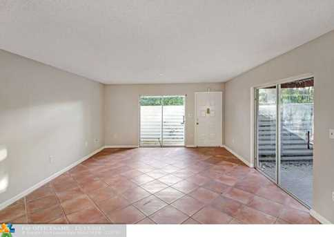 517 NW 98th Ave, Unit #517 - Photo 3