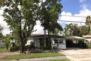 1605 SW 10th Ave - Photo 1