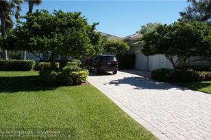 3140 SW 139th Ter - Photo 1