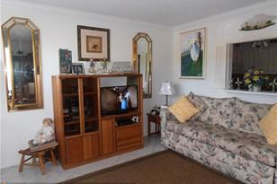 1014  Islewood D, Unit #1014 - Photo 1