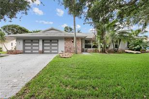 7210 NW 7th Ct - Photo 1
