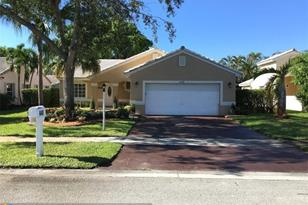 440 NW 188th Ter - Photo 1