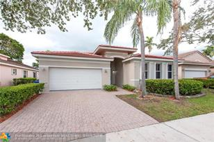 1552 SW 151st Ave - Photo 1