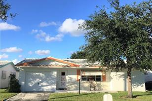 8951 NW 12th St - Photo 1