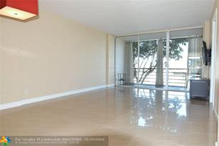120  Royal Park Dr, Unit #2B - Photo 1
