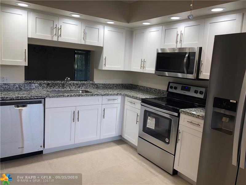 800 SW 142nd Ave #107N, Pembroke Pines, FL 33027