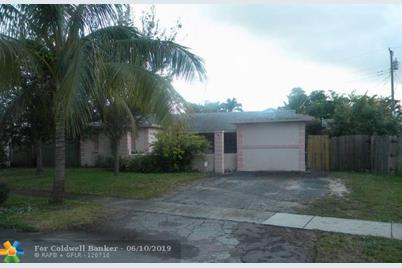 6560 NW 6th Ct - Photo 1