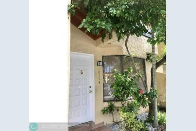 10174 SW 77th Ct - Photo 1