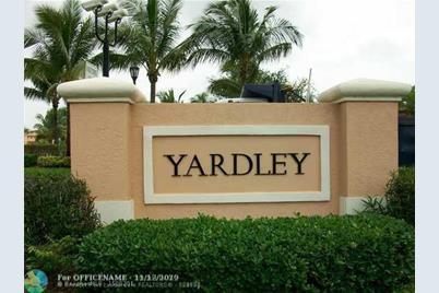 7775 E Yardley Dr, Unit #F105 - Photo 1