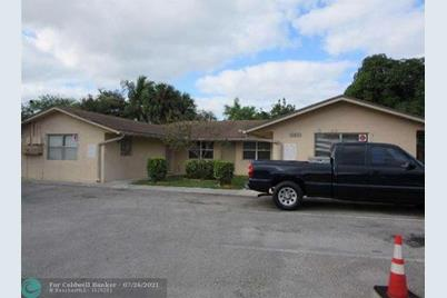 645 NW 15th Ave - Photo 1