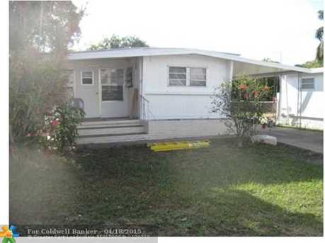 1931 SW 87th Ter - Photo 1