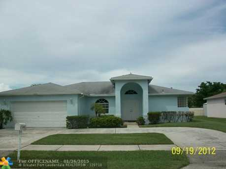 3231 NW 43rd Pl - Photo 1