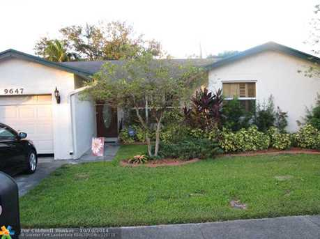 9647 NW 49th Ct - Photo 1