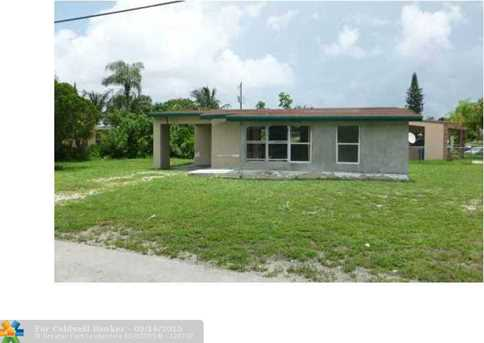 1211 NW 12th St - Photo 1