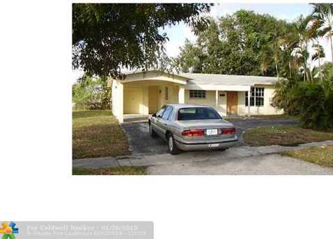 4841 NW 13th Ct - Photo 1