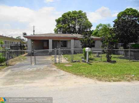 709 Nw 15Th Ter - Photo 1