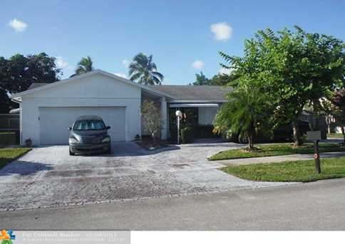 2431 NW 69th Ct - Photo 1