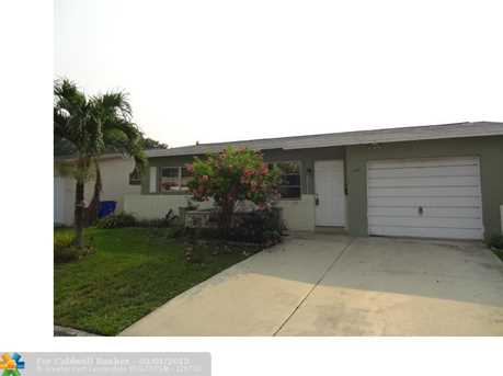 960 NW 69th Ave - Photo 1