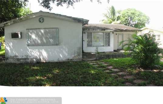 1621 NW 26th Ave - Photo 1