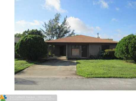 312 NW 2nd St - Photo 1