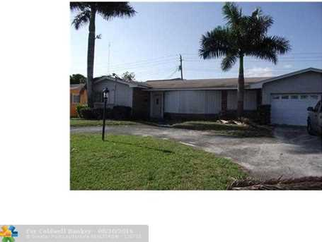 1000 Nw 207 St - Photo 1