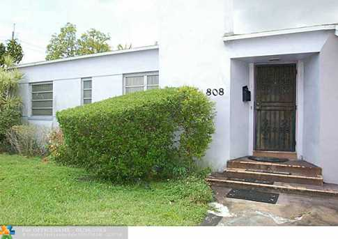 808 Nw 75Th St - Photo 1