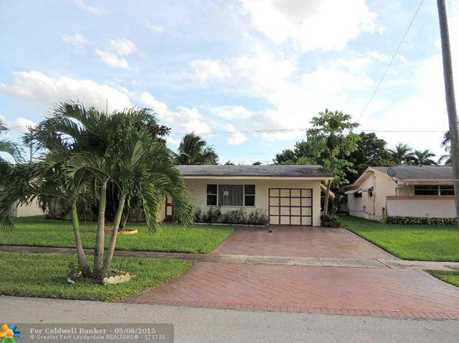 6590 NW 24th St - Photo 1