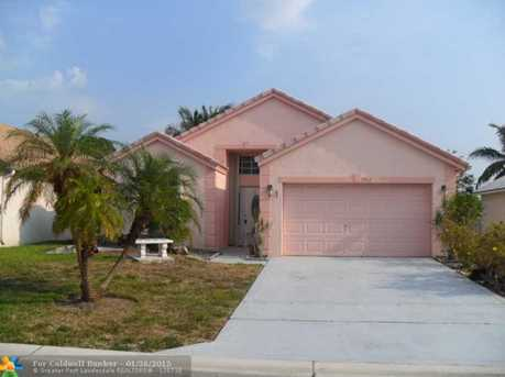 1562 Carriage Brooke Dr - Photo 1