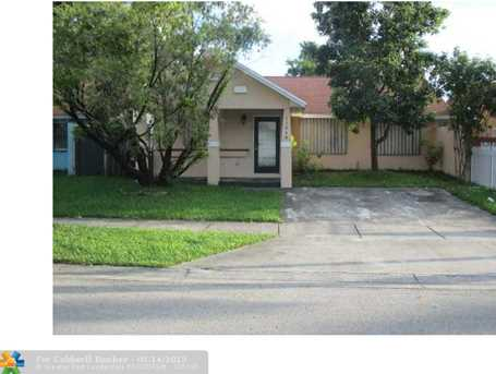 11048 SW 221st Ter - Photo 1
