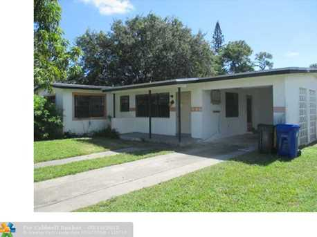 906 NW 14th Ct - Photo 1