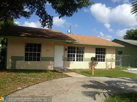 1070 NW 6th Ave - Photo 1
