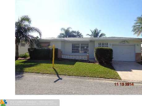 6940 NW 10th Ct - Photo 1