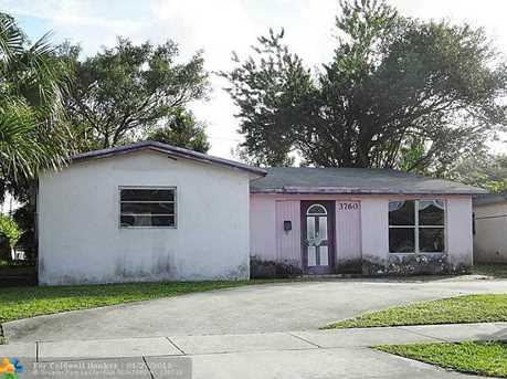 3760 Nw 9Th Ct - Photo 1