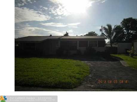 2401 Largo Dr - Photo 1