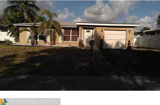 3261 NW 18th Ave - Photo 1