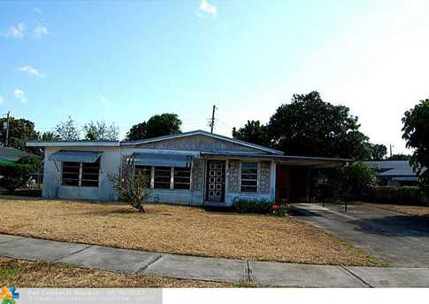 600 NW 18th Ct - Photo 1