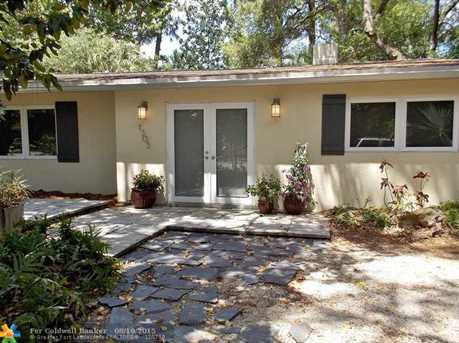 1305 SW 18th Ave - Photo 1