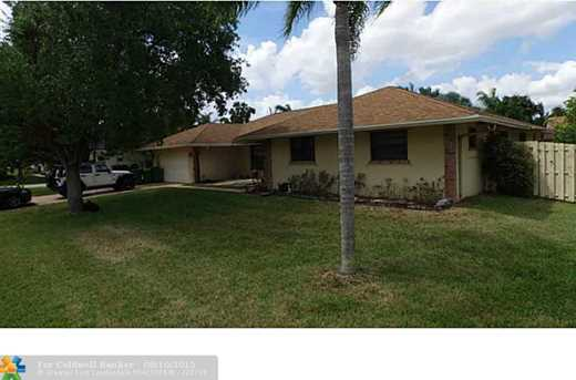11791 NW 27th St - Photo 1