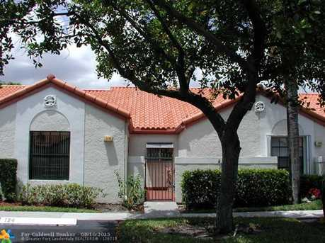 124 Centennial Ct, Unit # Villa - Photo 1