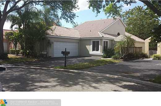10180 Nw 4Th St - Photo 1