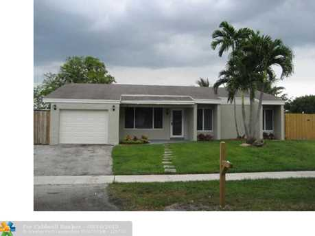 1001 NW 93rd Ave - Photo 1