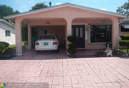 2570 Nw 47Th Ave - Photo 1