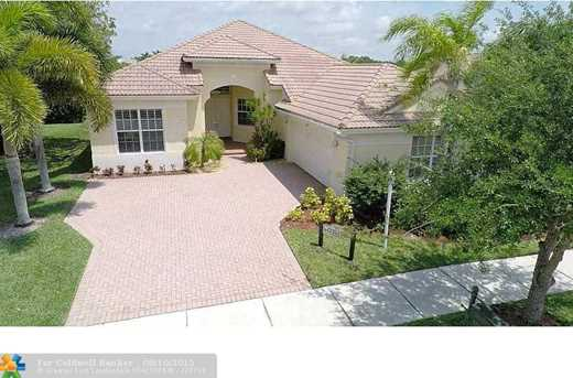 10613 NW 62nd Ct - Photo 1