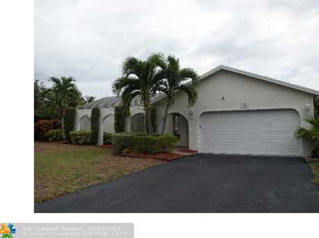 9551 Nw 27Th Ct - Photo 1