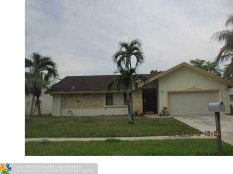 4421 Nw 74Th Ave - Photo 1