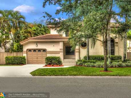 10651 NW 17th Ct - Photo 1