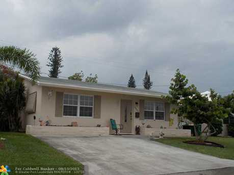 2504 NW 48th St - Photo 1
