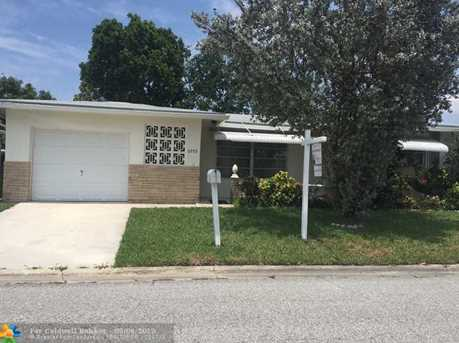 6955 NW 12th St - Photo 1